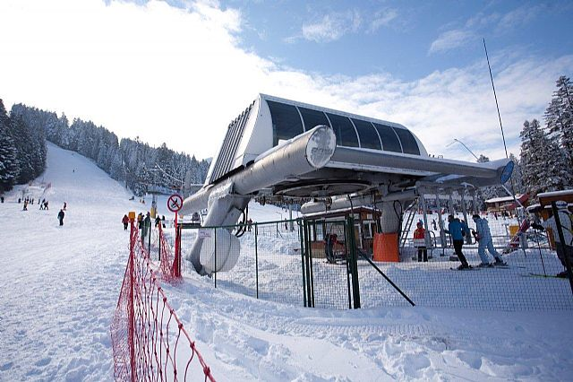 seilbahn.cc - USED POMA 1986 FIXED QUAD CHAIR LIFT