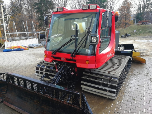 seilbahn.cc - Pisten Bully 100 all season